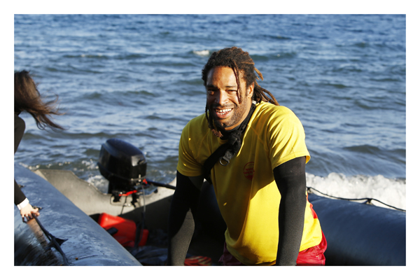 Joel – Rettungsschwimmer aus Spanien. Glück ist für mich aus der Energie zu schöpfen, die ich beim Helfen erlange.